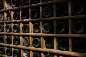 シャンパンやスパークリングワイン、常温じゃダメ!?常温に置いておくとどうなるの!?