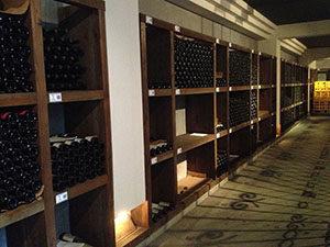 """【保存・保管方法まとめ】""""シャンパン""""&""""スパークリングワイン""""、自宅での""""保存・保管方法""""とは!?縦置き、それとも横置き!?"""