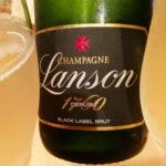 シャンパン、価格や値段の相場は!?いくらあれば買える!?贈って喜ばれる、予算別オススメシャンパン!