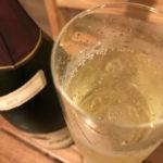 グラスに入ったスパークリングワイン